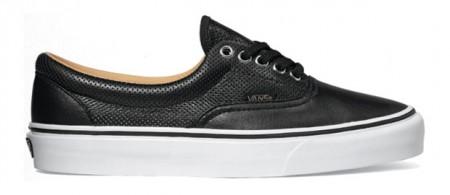 vans-era-sneakers-4