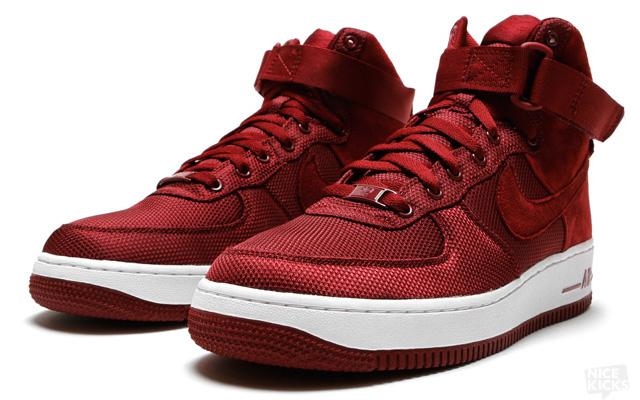 Nike Air Force 1 High Bordeaux Baskets