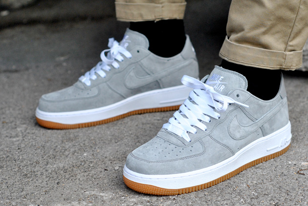 nike air force 1 grise daim