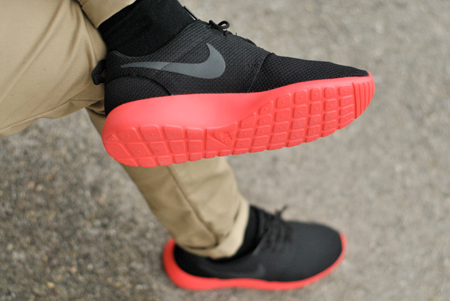 nike cap Dri Fit - Nike Roshe Run Noir Rouge Disponible | Sneakers.fr