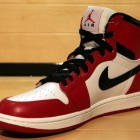 air-jordan-1whiteblackred-2013-1