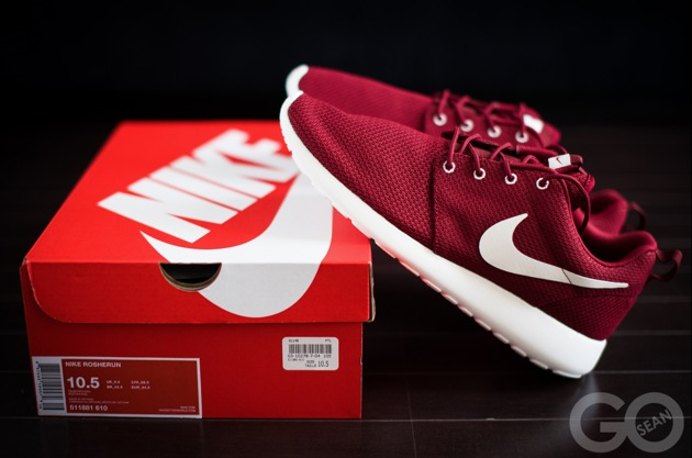 Nike Roshe Run Bordeaux Red Foot Locker