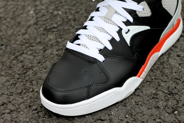 reebok-classic-jam-noir-orange-3