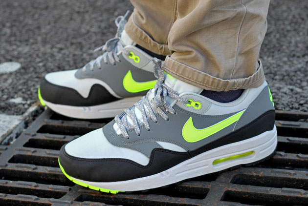 Nike Air Max 1 Grise Et Jaune