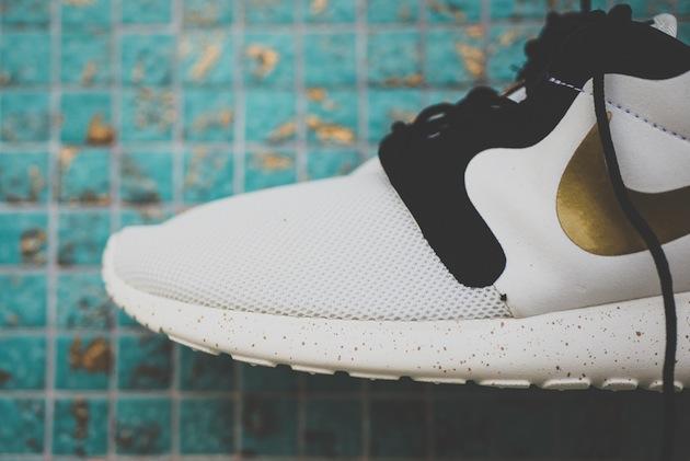 Nike Roshe Run Blanc Et Or