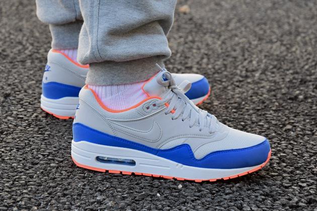 nike dunk orange et bleu - Nike Air Max 1 'Light Ash Grey' | Sneakers.fr