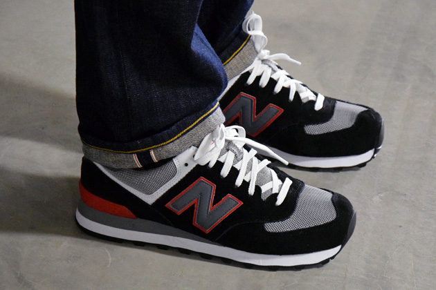 new balance gris et rouge