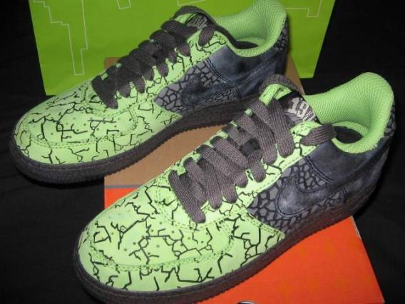 100% authentic dbbd8 ae403 ... Nike Air Force 1. AddThis Sharing Buttons