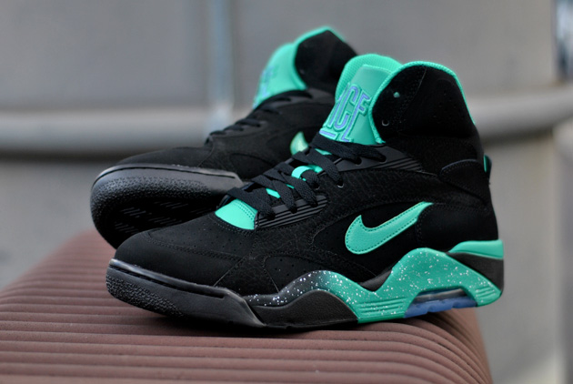 nike air force 180 mid noir disponible sneakers. Black Bedroom Furniture Sets. Home Design Ideas