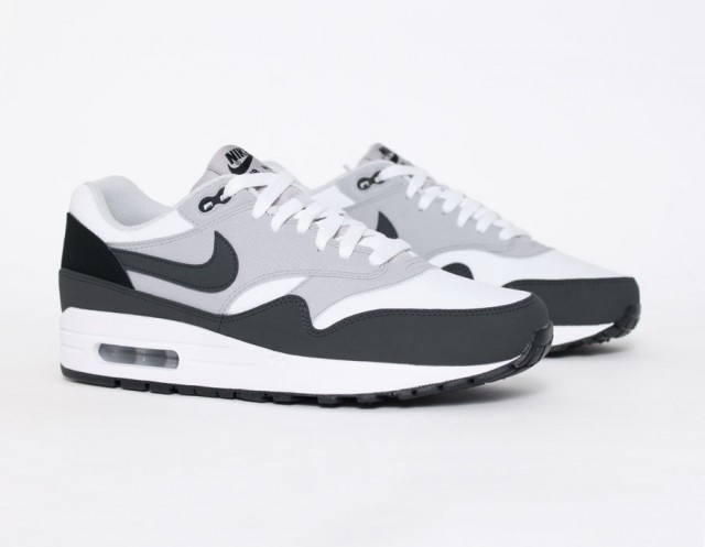 super popular 2570f 33610 nike air max 1 noir et blanc