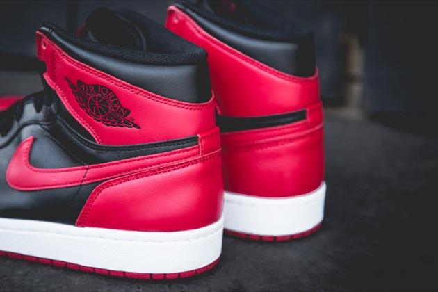 air-jordan-1-black-red-2013