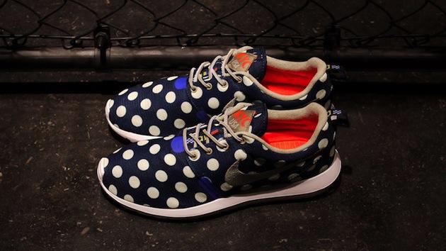 acheter populaire 63df5 9710b Nike Roshe Run Pois 10yod.fr