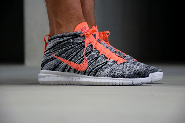 Nike Free Chukka