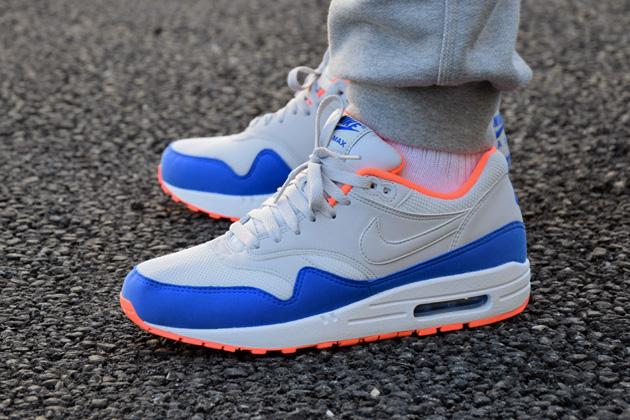 Nike Air Max 1 'Light Ash Grey' - Sneakers.fr