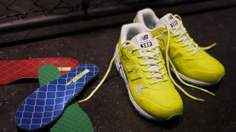new-balance-mrt580mi-tennis-ball-01