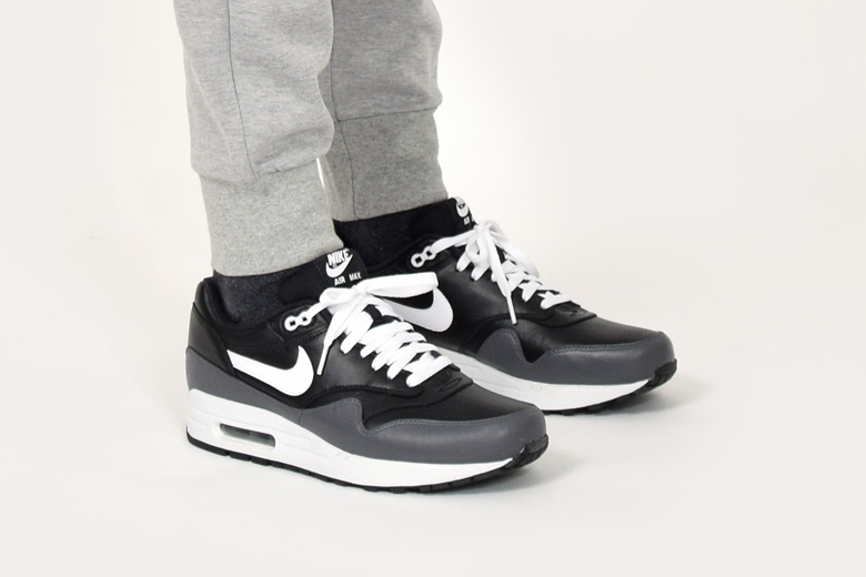 more photos 63b5a 16d85 air max 1 noir gris