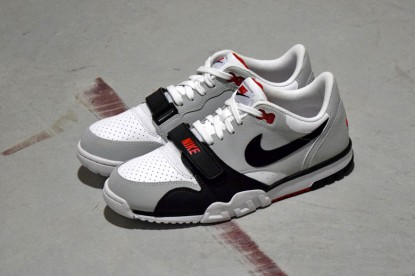 nike air trainer 1 chili