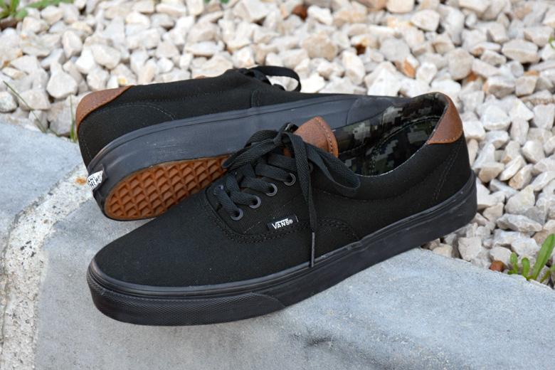 La Vans Era s habille de noir pour cet hiver. 59eedad6b8
