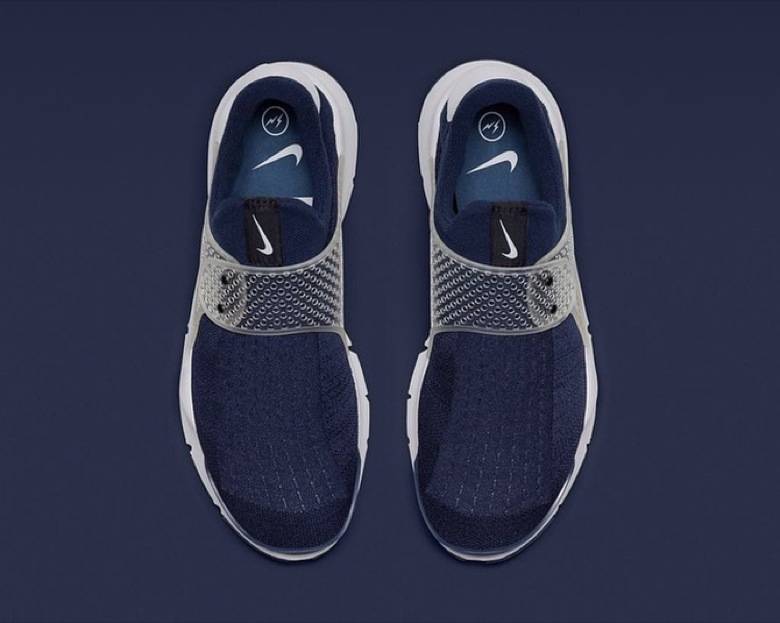 nike sock dart navy fragment
