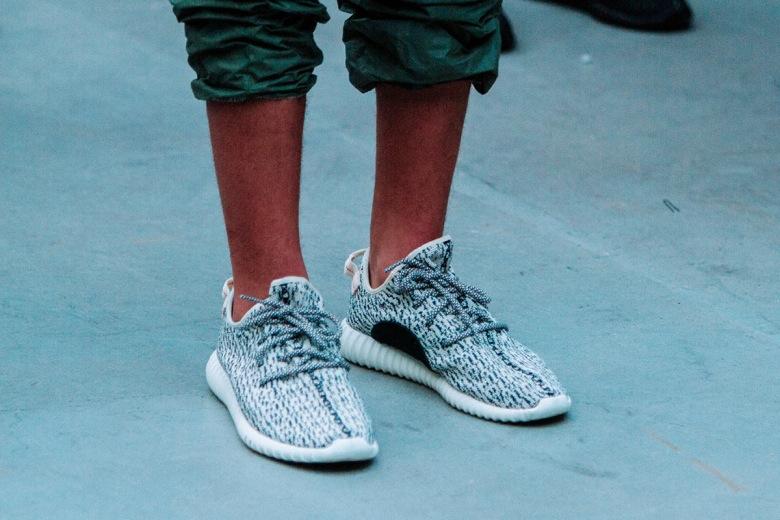 Adidas Yeezy boost 350 V2 Zebra Sortie En France