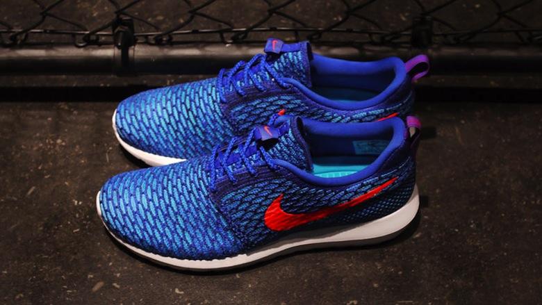 the latest 13e46 3ada3 On vous laisse découvrir ces deux paires de Nike Flyknit Roshe Run,  disponibles à la vente sur notre e-shop, grâce aux photos présentées sur  cet article.