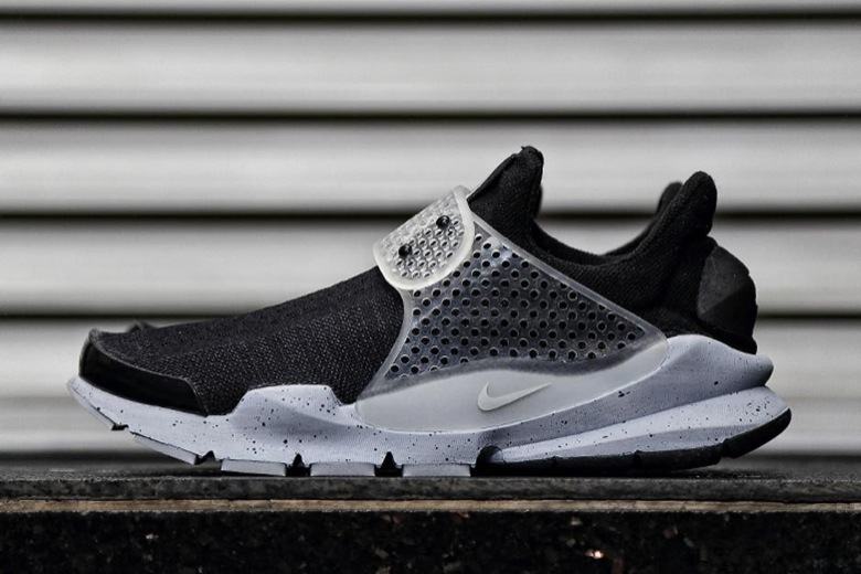 nike sock dart fragment design oreo
