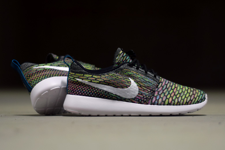 nike-roshe-one-flyknit-multicolor-5
