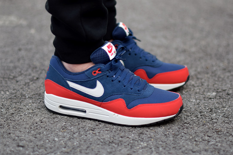 Nike Air Max One Rouge Et Bleu