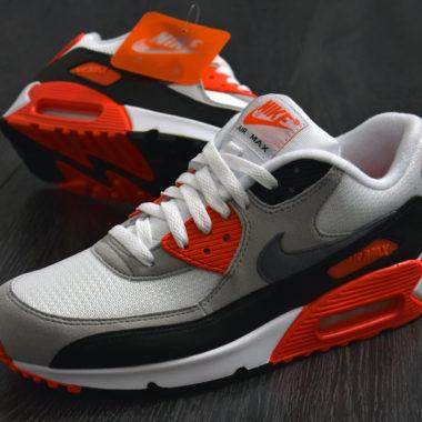 647a2ae8e68 La Nike Air Max 90 Infrared disponible