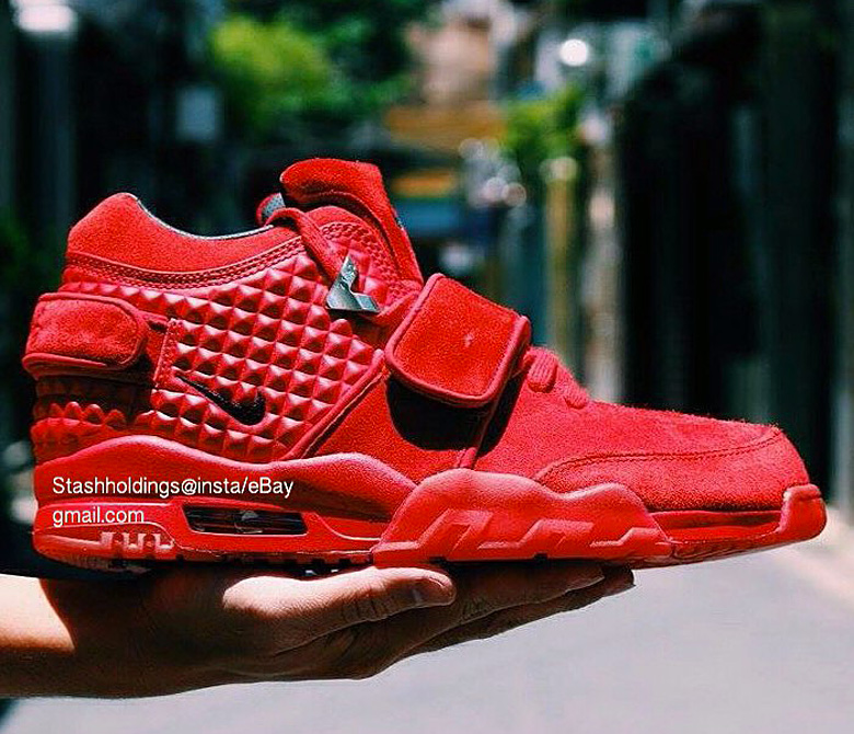 nike-air-trainer-victor-cruz-red-october-3