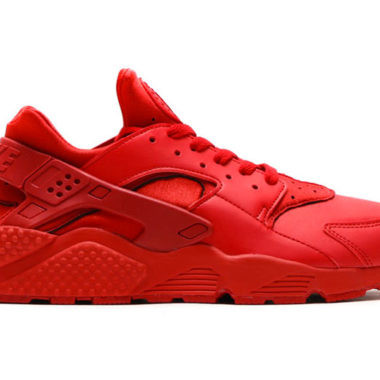 nike air huarache triple red
