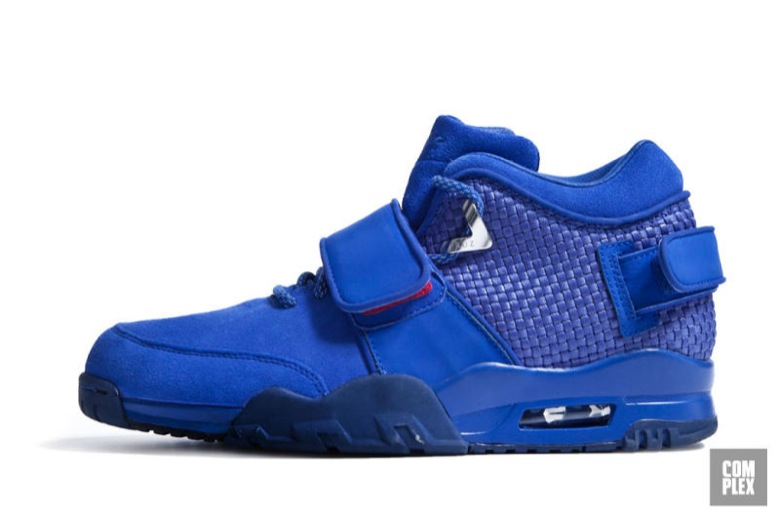 nike air trainer cruz-2