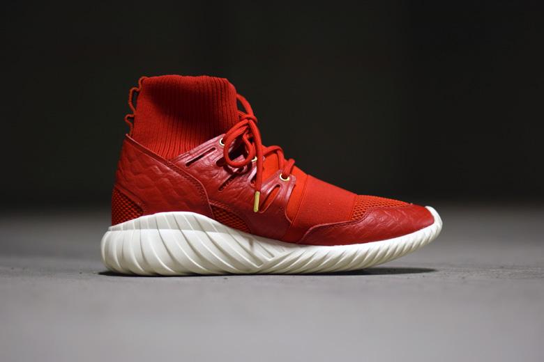 Adidas Tubular Doom Red