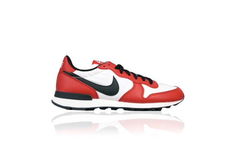 nike-internationalist-bulls