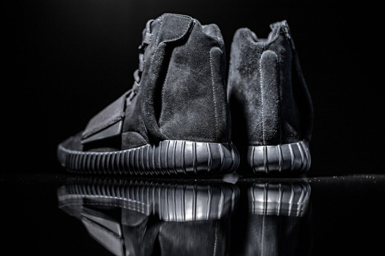 adidas originals yeezy 750 boost triple black-6