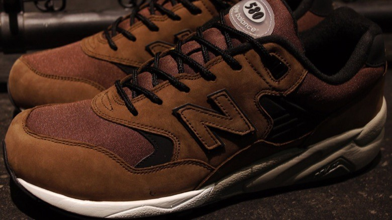new balance 580 mita 20th anniversary-8