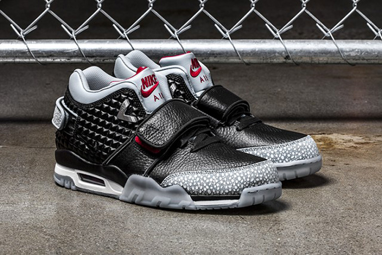 nike-air-trainer-cruz-black-cement