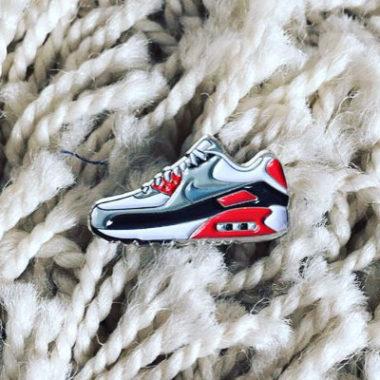 sneakers pins