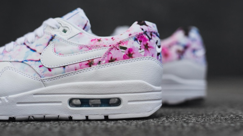 nike-air-max-1-cherry-blossom-2