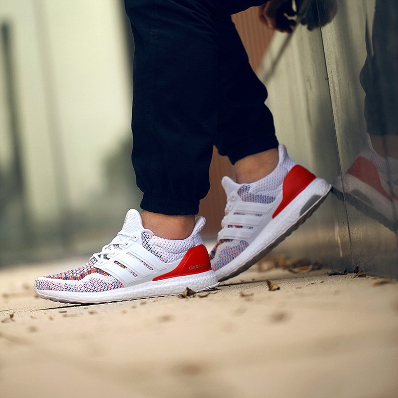 adidas-ultra-boost-white-multicolor-3