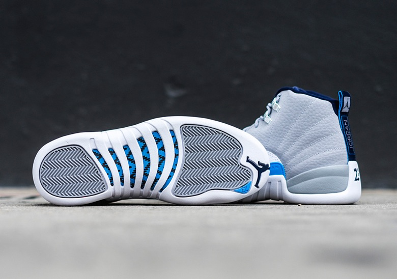 Air-Jordan-12-Wolf-Grey-University-Blue-2