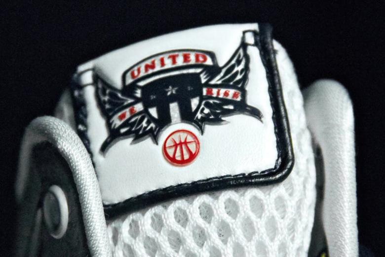 Nike-Hyperdunk-United-We-Rise-OG-4