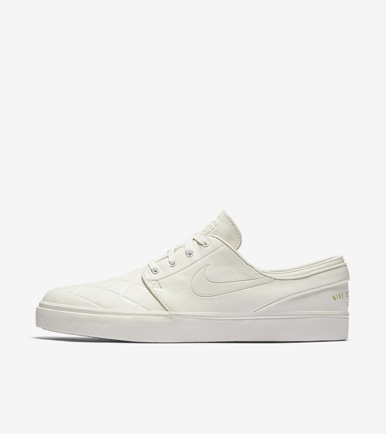 Nike-SB-x-Nike-FB-Premium-Pack-01