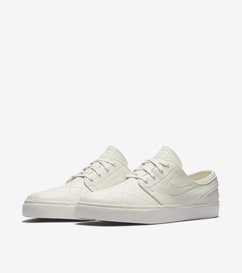 Nike-SB-x-Nike-FB-Premium-Pack-03