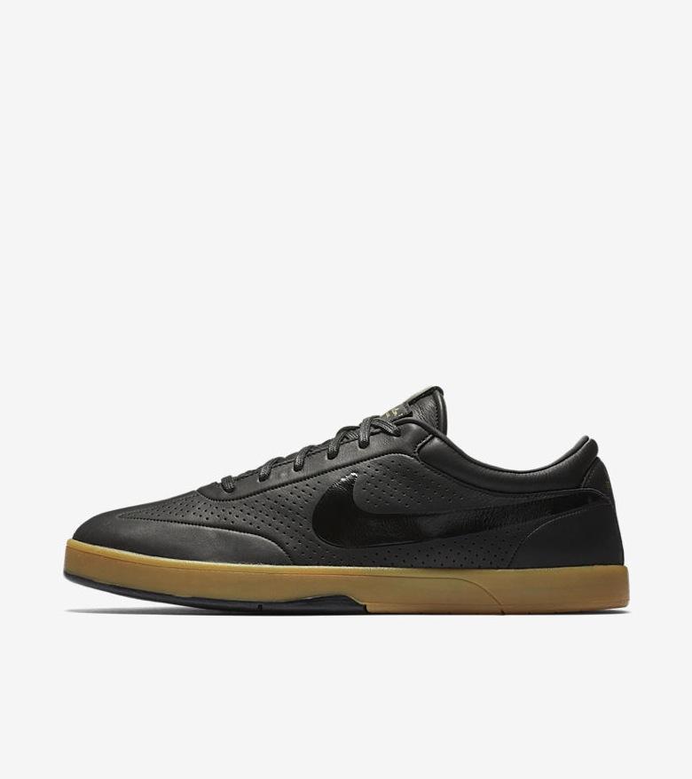 Nike-SB-x-Nike-FB-Premium-Pack-10