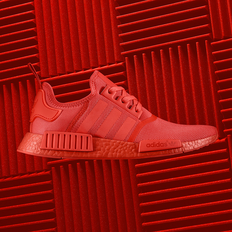 adidas-nmd-r1-triple-red-1