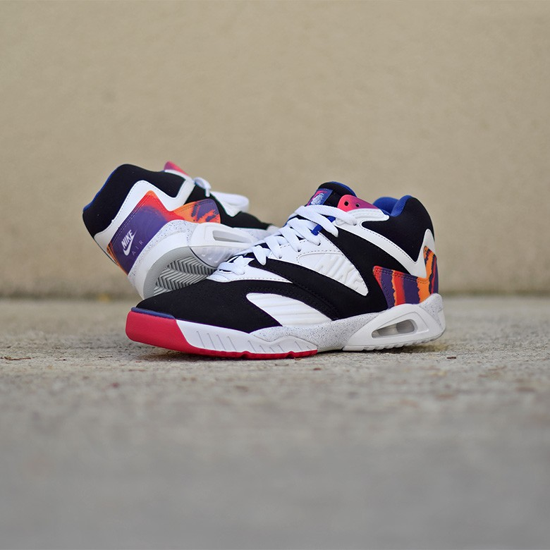 more photos de909 84af8 Nike Air Tech Challenge 4 OG de retour