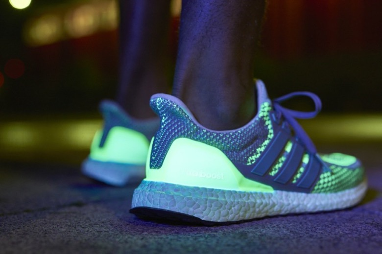 adidas-boost-glow-in-the-dark-1