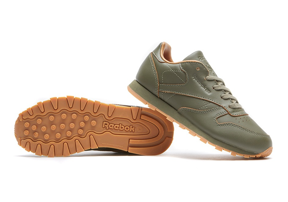 reebok-classic-leather-lux-red-and-blue-kendrick-lamar-05