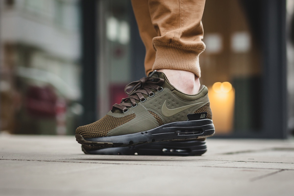 nike-air-max-zero-dark-loden-2